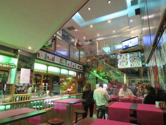 Restaurante De Prado: Inside the restaurant