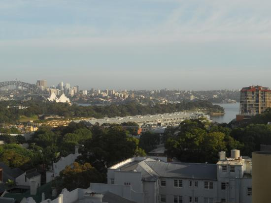 Holiday Inn Potts Point - Sydney : View From Harbour View Rooms