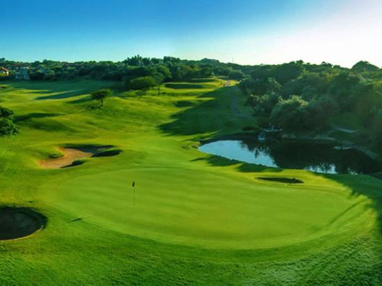 Umdloti, Afrika Selatan: Well known for its magnificent views, Zimbali Golf Course is a short drive away