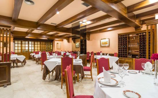 Hotel Oroel - Restaurante