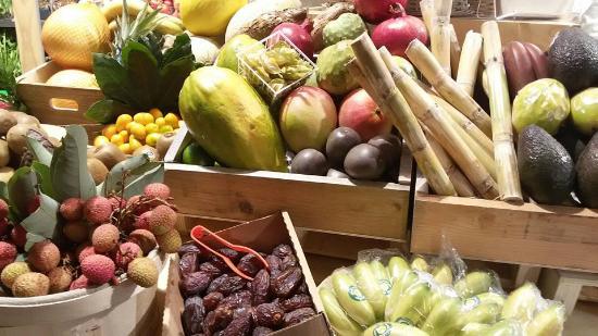 Il banco di schooner pesce fresco e baccal foto di for Mercato frutta e verdura milano