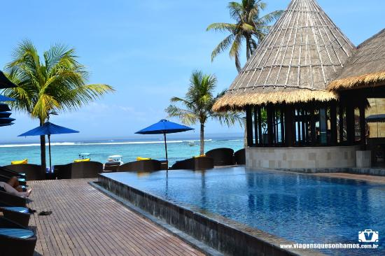 Lembongan Beach Club And Resort Piscina