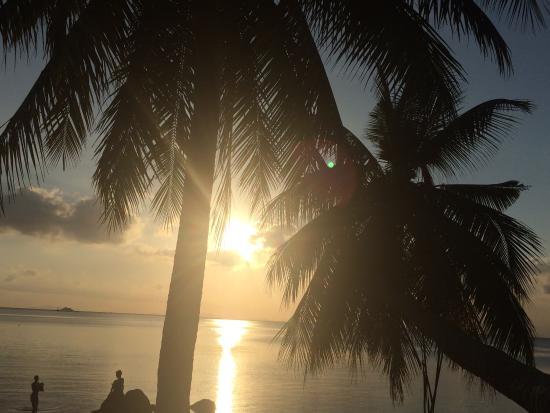 Sunset Cove Resort: Ein unglaublich romantischer Sonnenuntergang