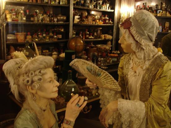"Musee Miniature et Cinema: Cenário filme ""Perfume"""