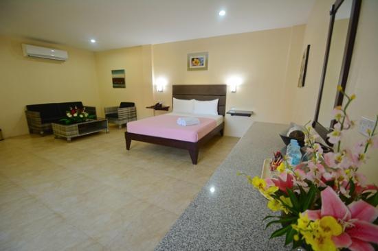 Panglao Regents Park Resort: Room
