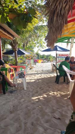 Hidden Paradise Resort Hotel: At the Sunny Side