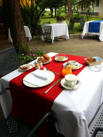 Locanda alle Officine: colazione in giardino