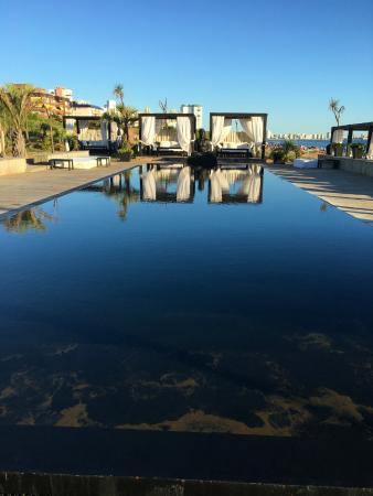 Serena Hotel Punta del Este: Piscina exterior