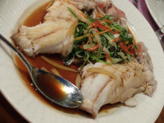 L'wzaar Seafood Market: photo2.jpg