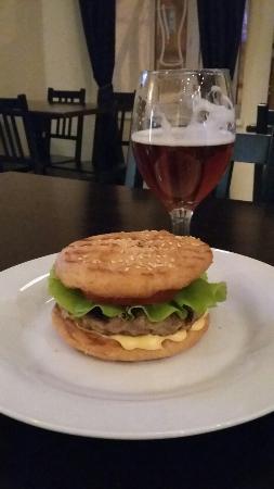 Brew Barrymore Pub