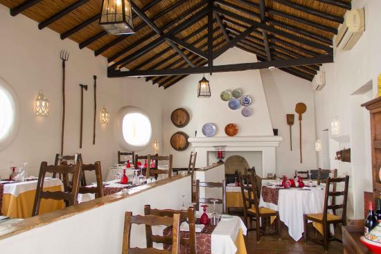 Pateo Velho Restaurant