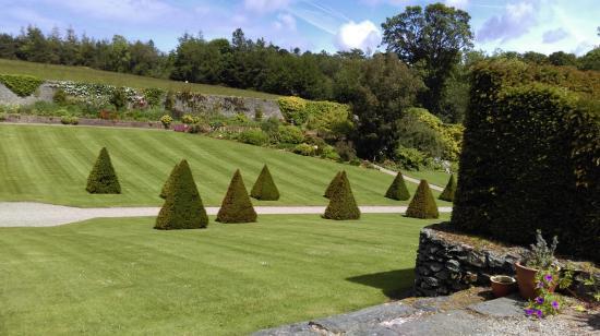 Main entrance garden - Picture of Plas Cadnant Hidden Gardens, Menai ...
