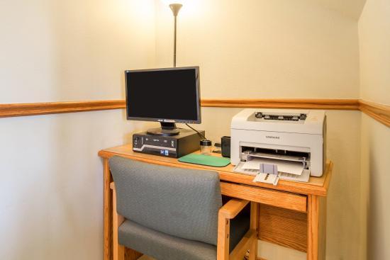 Quality Inn Livingston: Businesscenter