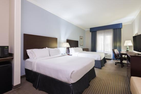New Iberia, Λουιζιάνα: ADA/Hearing accessible Two Queen Guest Room