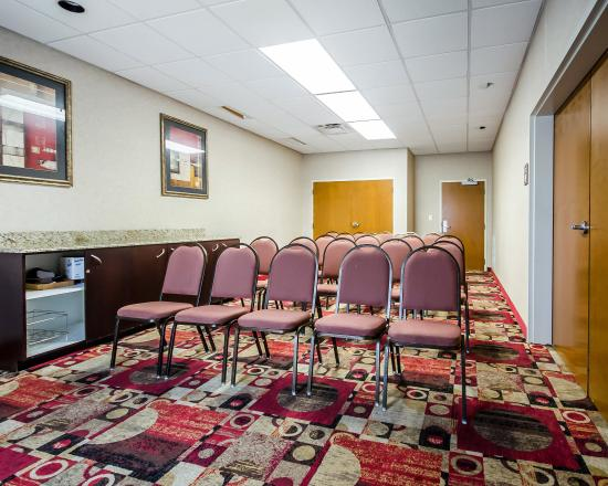 Comfort Inn Louisville: Meeting room