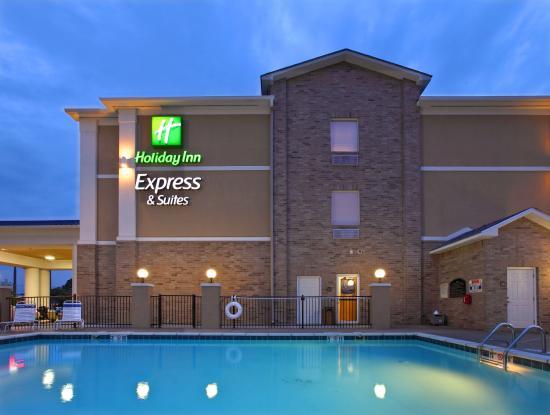 Clarksville, AR: Swimming Pool