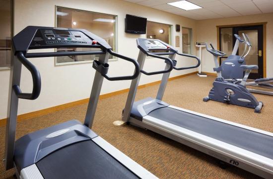 Holiday Inn Express Custer: Fitness Center