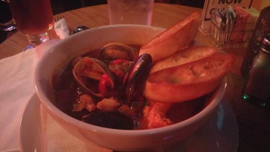 Poe's Pub: Awesome Seafood Stew