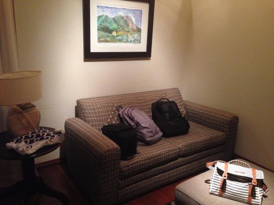 Kuriuwa Hotel: Antesala do quarto