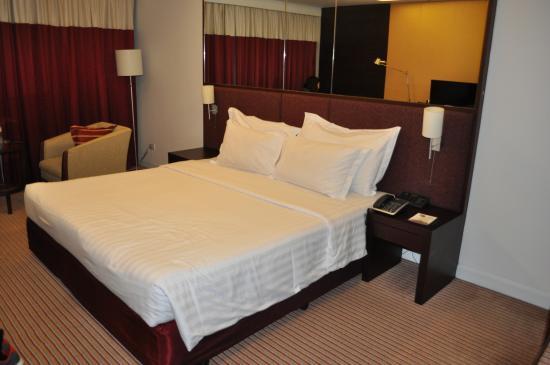 letto picture of eastin hotel makkasan bangkok tripadvisor rh tripadvisor com au