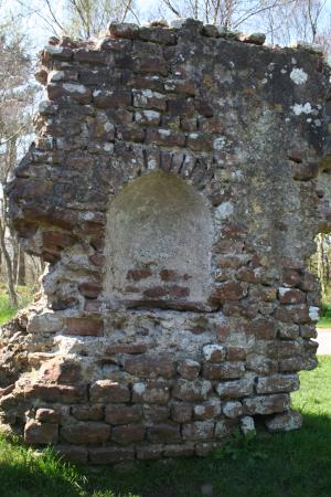 Ravenglass, UK: A niche in one of the walls