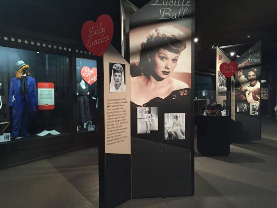 Chautauqua County, État de New York : Learning about the life of Lucille Ball at the Lucy Desi Museum