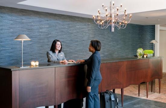 Lorien Hotel and Spa, a Kimpton Hotel: Reception