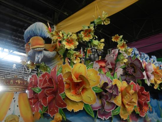 Blaine Kern's Mardi Gras World: float