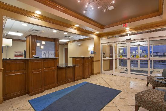 Somerset, KY: Contemporary Front Desk