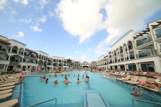 main pool system picture of hilton playa del carmen an all rh tripadvisor com