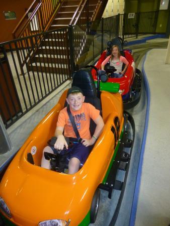 Glacier Canyon Lodge: Go karts