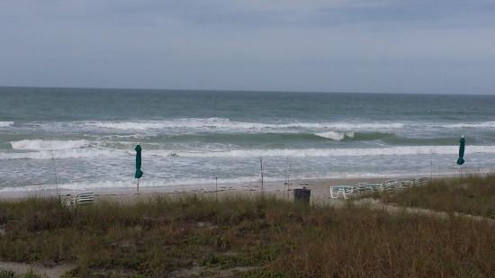 Casa del Mar Beach Resort: View of beach from condo