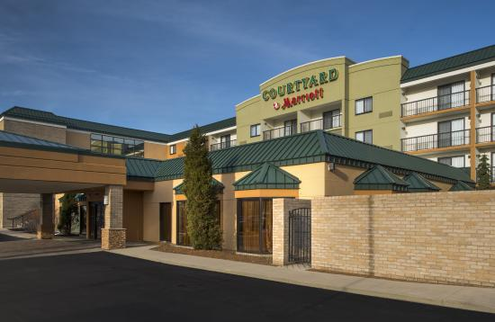 Courtyard By Marriott Cleveland East Beachwood