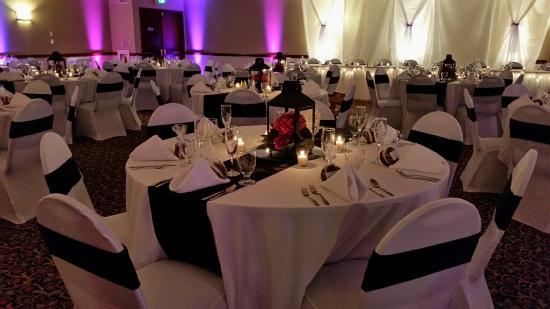 Sayre, بنسيلفانيا: GRAND BALLROOM WEDDING