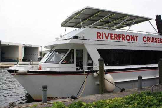 Riverfront Cruises: Our boat