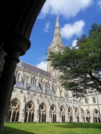 Salisbury Cathedral spire from the Cloisters