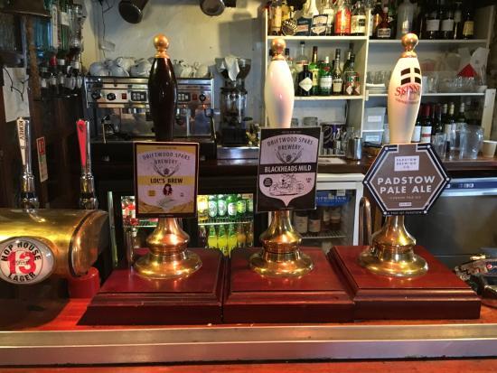St Agnes, UK: Ales