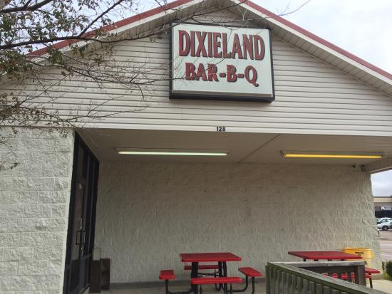 Batesville, Mississippi: Dixieland BBQ