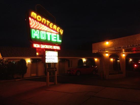 Monterey Non-Smokers Motel: Exterior of Monterey Motel 2015