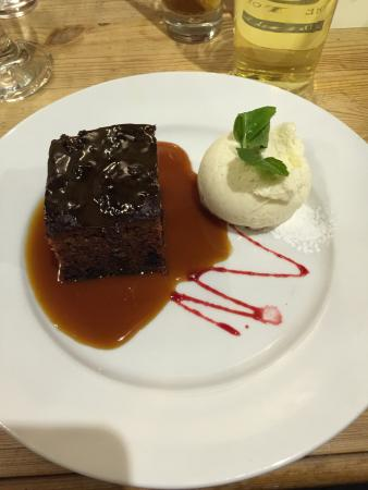 Farthinghoe, UK: Toffee pudding