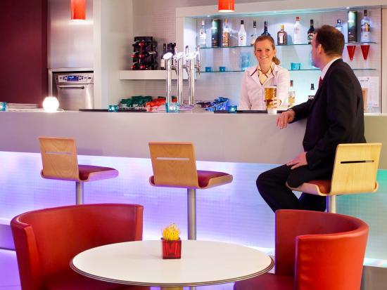 Ibis Aberdeen Centre: Interior