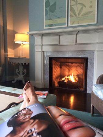 Hot Springs, VA: Relaxing in the Spa Lounge