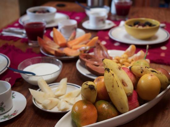 Sol y Luna Bed & Breakfast: Amazing fruit spread