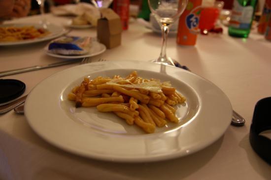 Cardinal Hotel St. Peter: pasta innamorati con guanciale, pomodorini e pecorino
