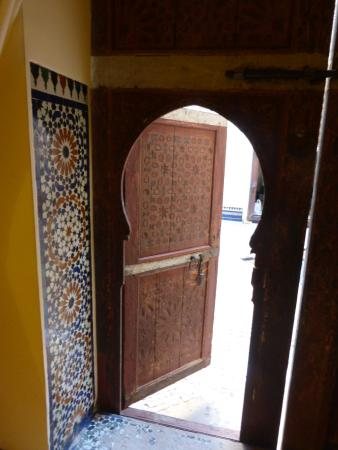Hotel & Spa Riad Dar Bensouda: Room 1 doorway to courtyard
