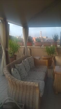 Hotel Impero: IMPERO HOTEL,rooftop terrace. loads of room with sun loungers too. this is lit yp at night. perf