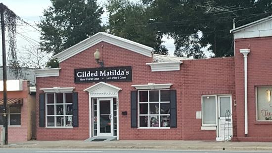 Wildwood, FL: Gilded Matilda's