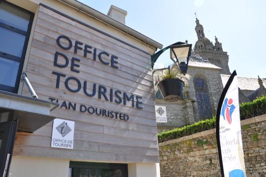 Saint-Thegonnec, Γαλλία: Office de tourisme de Saint-Thégonnec