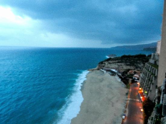 Matrimonio Spiaggia Tropea : Playa de tropea picture of beach