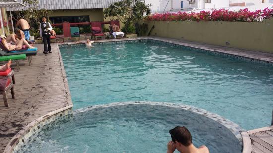Nouvo City Hotel: 20160103_145747_large.jpg